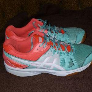 Womens asics volleyball shoe